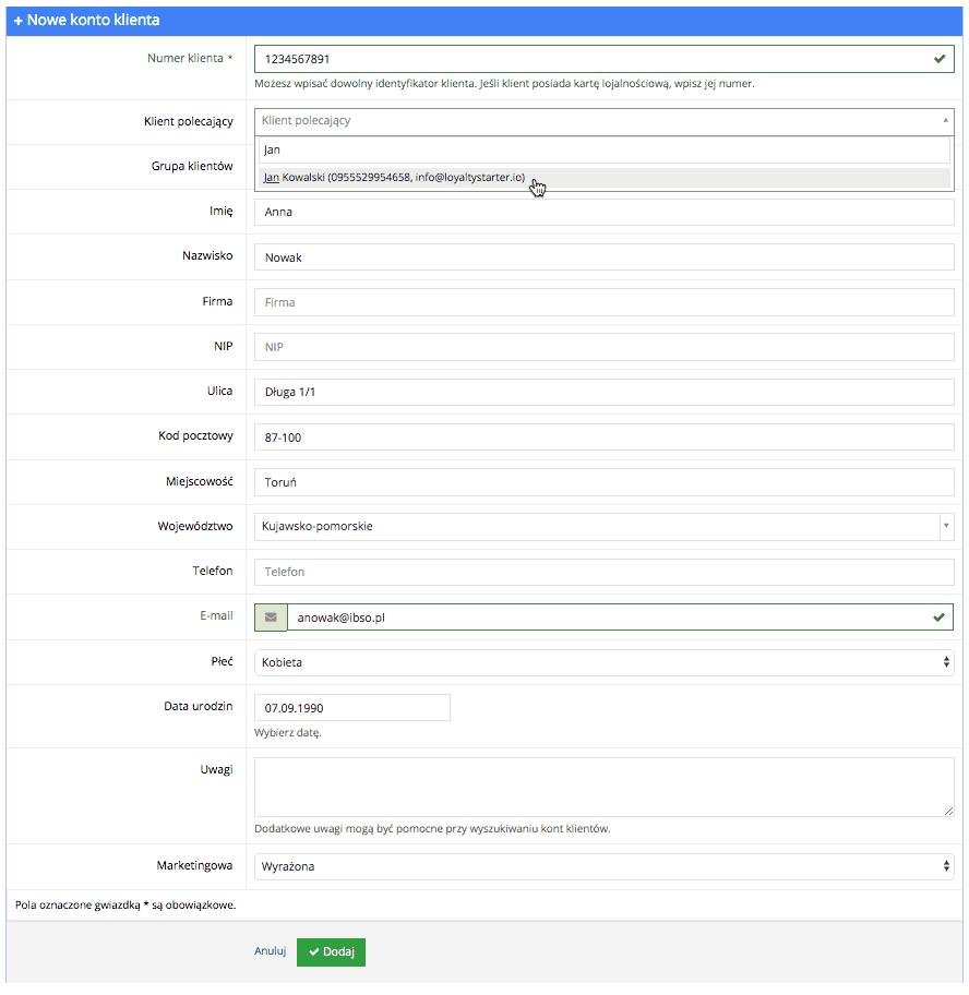 Grafika przedstawiąca widok pustego formularza konta klienta z wierszami, pozwalającymi dodać wszystkie dane klienta w aplikacji Loyalty Starter służącej do obsługi programów lojalnościowych.