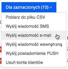 """Grafika przedstawiąca niebieski prostokątny przycisk z napisem """"Dla zaznaczonych"""" oraz liczbą zaznaczonych indeksów w aplikacji Loyalty Starter służącej do obsługi programów lojalnościowych, z zaznaczoną operacją """"Wyślij wiadomość e-mail""""."""